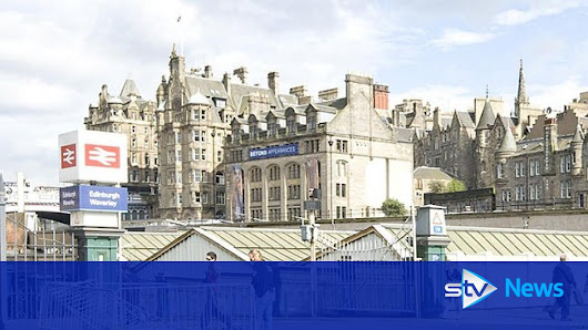 Man 'had meat cleaver and knives in Edinburgh Waverley'