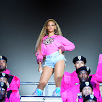 With 'homecoming,' Beyoncé Claims Pop Culture's Throne Yet Again - Wbur