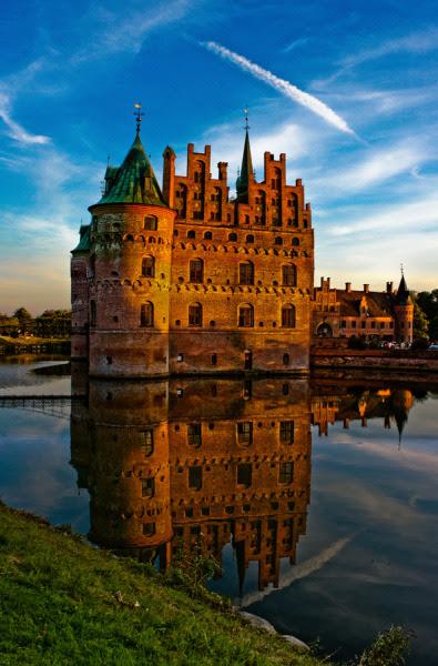 Egeskov Castle, Denmark (byOld Creeper Mandias)
