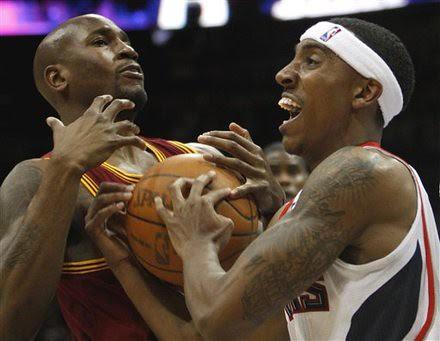 Cavaliers Hawks Basketball