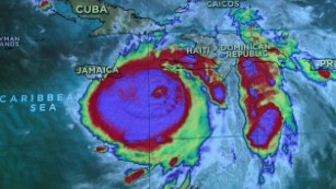 Hurricane Matthew hits Haiti, aims at US East Coast