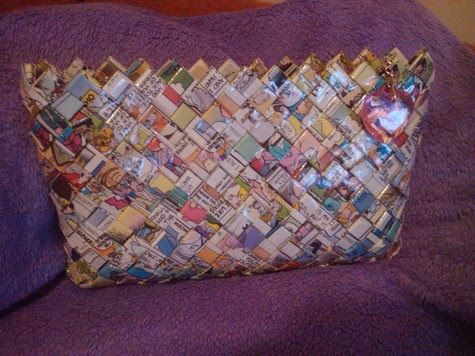Comic_book_clutch_purse_large