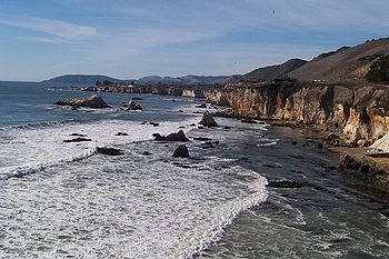English: The coast at Pismo Beach.