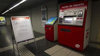 Un accés del metro tancat per la vaga (EFE)