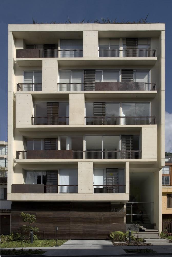 Vivienda colectiva edificio athikia daniel bonilla for Fachadas de viviendas