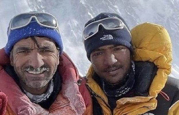 Son of Ali sadpara Sajid summits the mighty K2 | Daily Pakistan