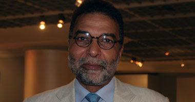 الدكتور محسن شعلان رئيس قطاع الفنون التشكيلية