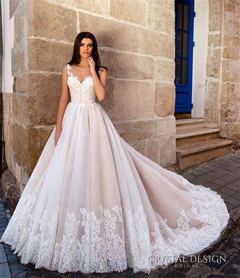 Best 25  Princess ball gowns ideas on Pinterest