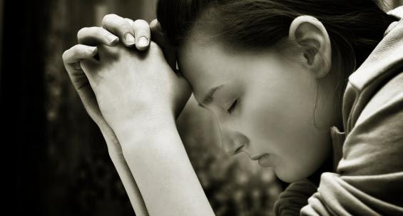 http://www.womenofgrace.com/blog/wp-content/uploads/2013/08/prayers.jpg