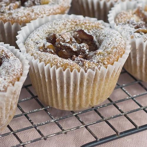 apple cinnamon cupcake 2