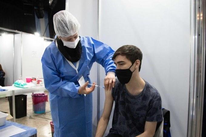 Acelerarán la vacunación de chicos y adolescentes en noviembre