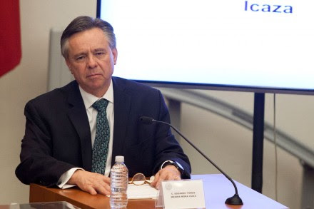 Eduardo Medina Mora durante su comparecencia en el Senado. Foto: Eduardo Miranda