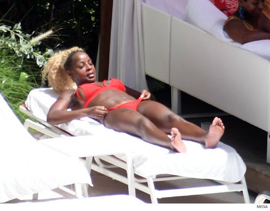 Mary J Blige spotted in Miami in hot red bikini (photo)