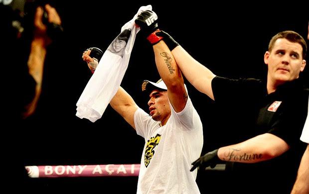 luta entre Ronny Marques e Andrew Craig no UFC São Paulo (Foto: Marcos Ribolli / Globoesporte.com)