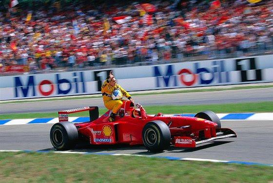 GP da Alemanha de 1997: o alemão Michael Schumacher e o italiano Giancarlo Fisichella