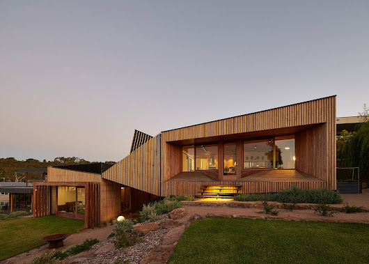 BKK Architects Design a Wooden Contemporary Home in Mt Martha, Australia