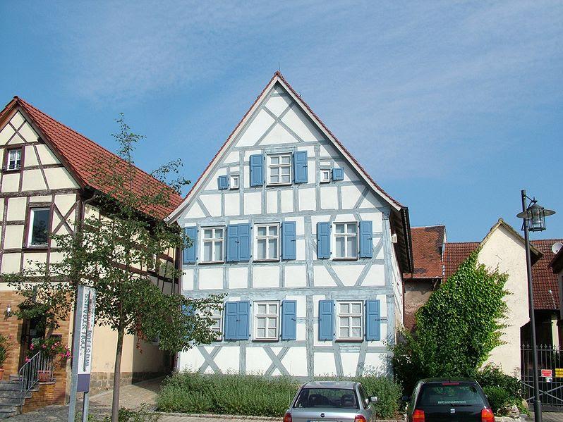 File:Buttenheim Levi Strauss Haus.jpg
