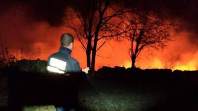 Cantabria ablaze: 15 fires out of 32 still burning, but no risk to residents