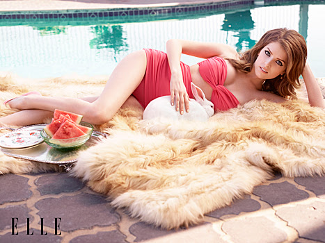 Anna Kendrick Poses In Bikini, Claims No One Hits On Her - Scandal Sheet