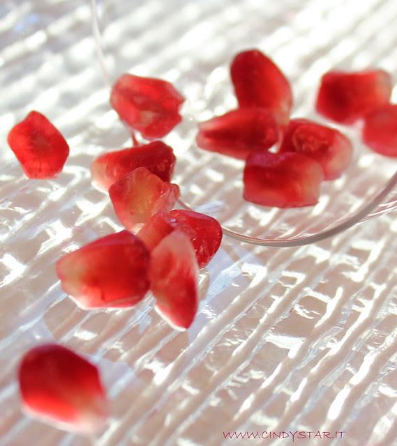 chicchi di melograno - pomegranate seeds