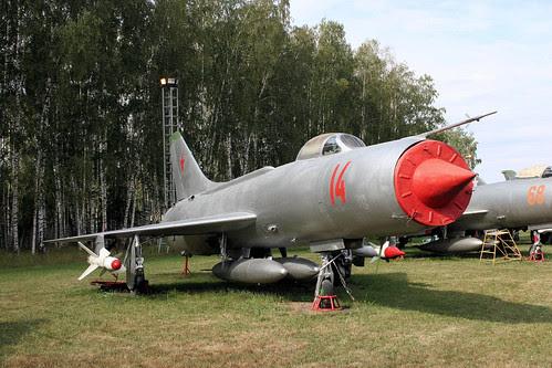Sukhoi Su-11 14 red