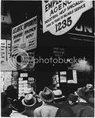 Desempleados buscando trabajo durante la Gran Depresión. Foto cortesía del Franklin D. Roosevelt Presidential Library and Museum.
