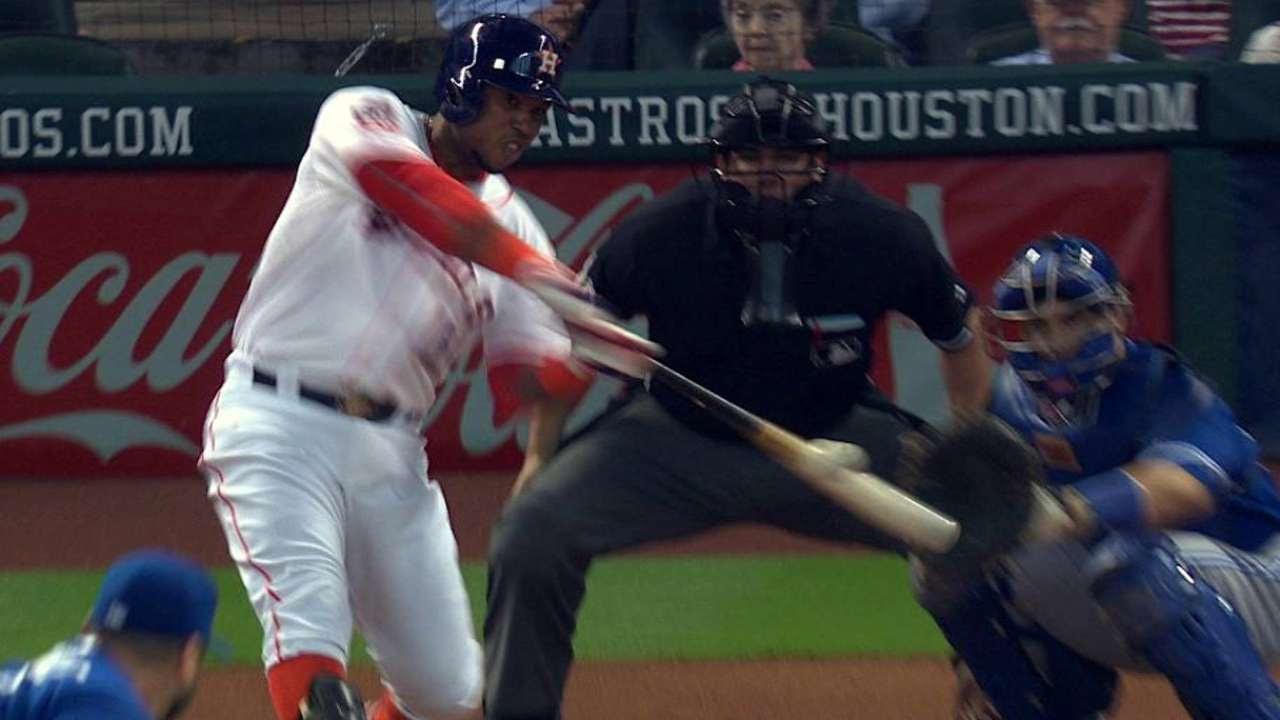 Astros se imponen a Azulejos con pitcheo y poder