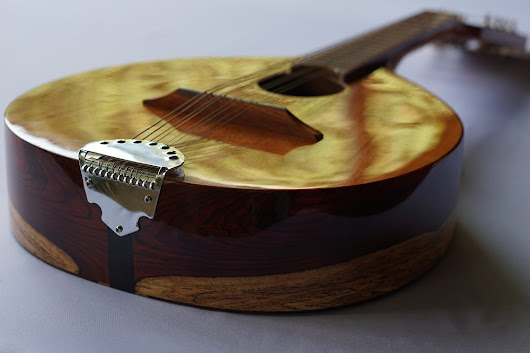 High-end Mandolin
