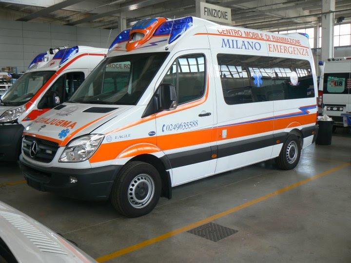 Miniescavatore ambulanze in vendita for Cerco cose usate gratis