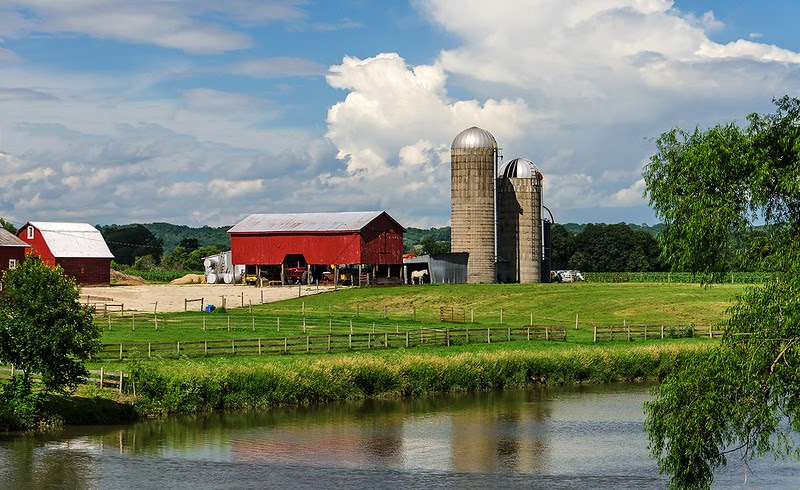 Farm on the Apple River