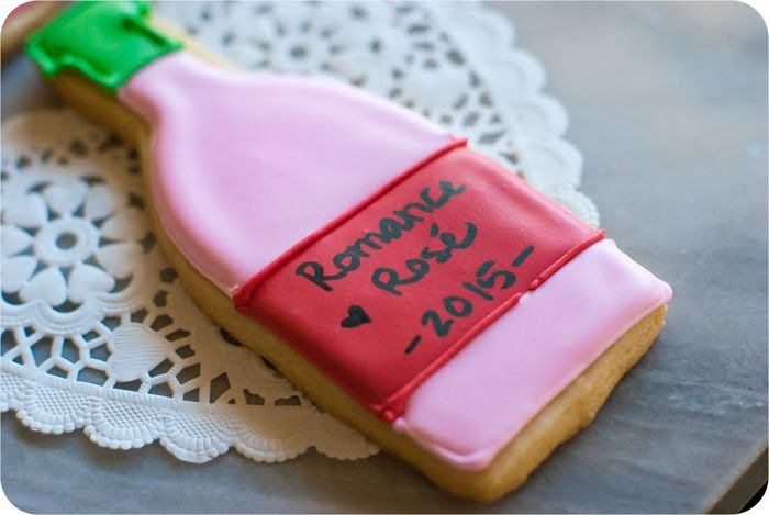 valentine wine bottle cookies ♥