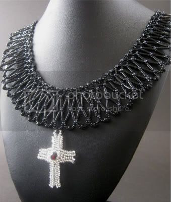 The Mourning Queen Necklace