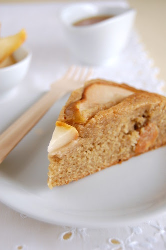 Pear and honey cake / Bolo de pêra e mel