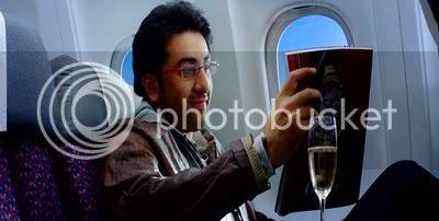 http://i347.photobucket.com/albums/p464/blogspot_images1/Bachna%20Ae%20Haseeno/52.jpg