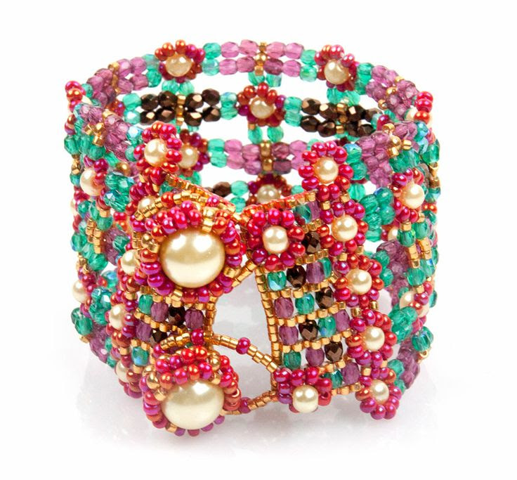 My Beadworld: *DAISY CUFF*