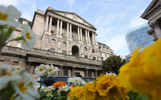Rush to sell off UK bonds amid inflation fears