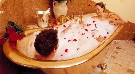 San Valentino, i 5 regali migliori per lei e per lui ...