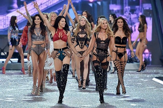 2016 VS Fashion Show Photos - See The Victoria's Secret Angels