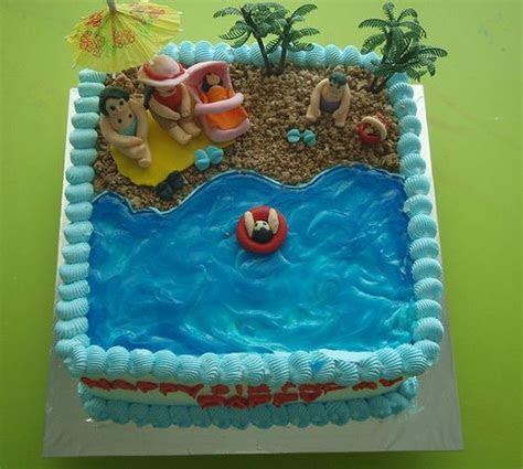 Family beach theme birthday cake (1 comment)