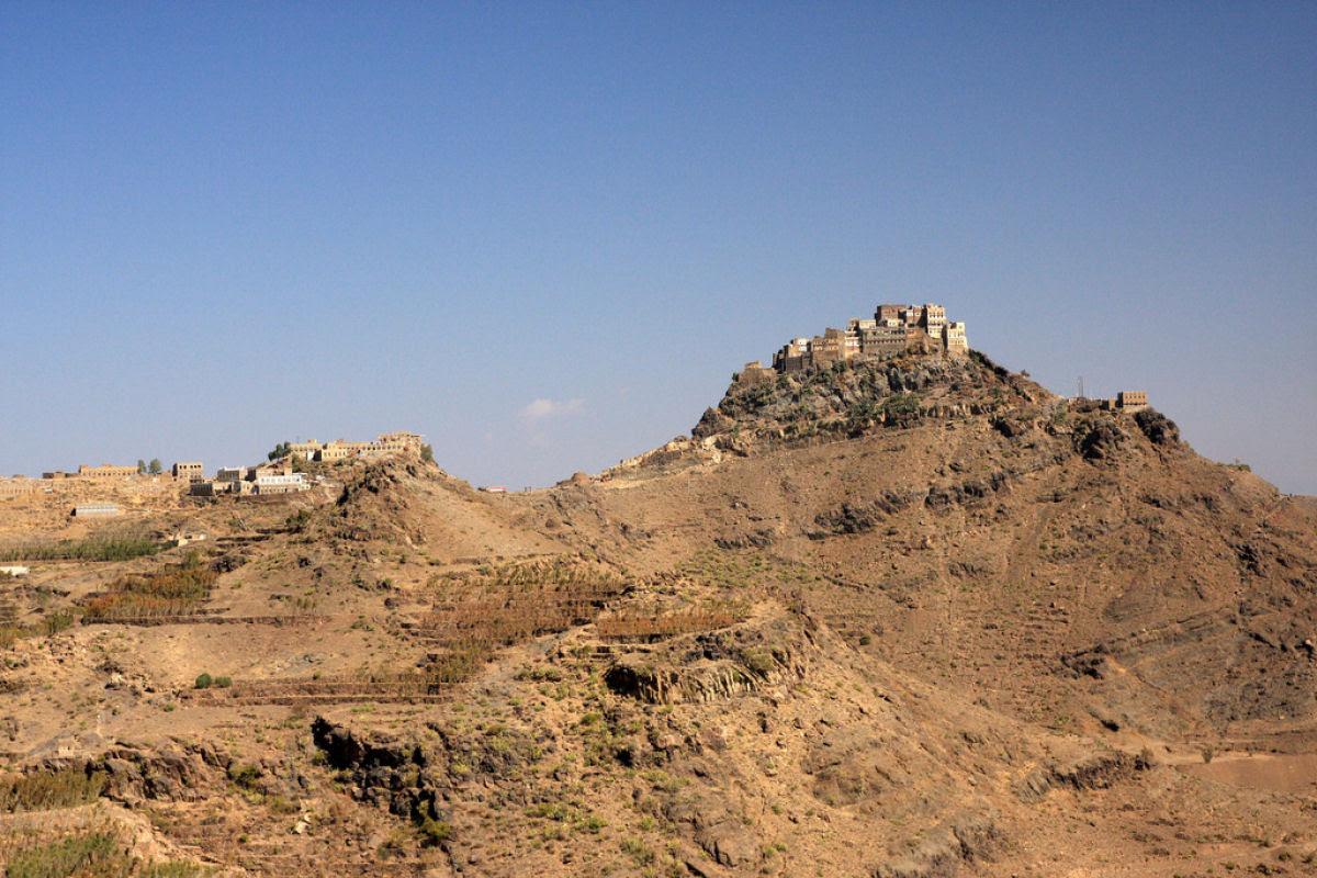 Al Hajjarah, a cidade da Idade Média com edifícios de vários andares 04