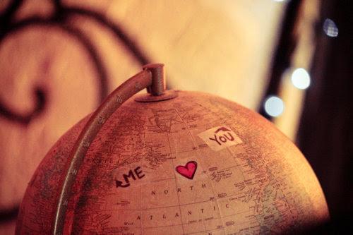 A maior vantagem da distancia é provar que o amor e a saudade existem. (nossahist0ria)