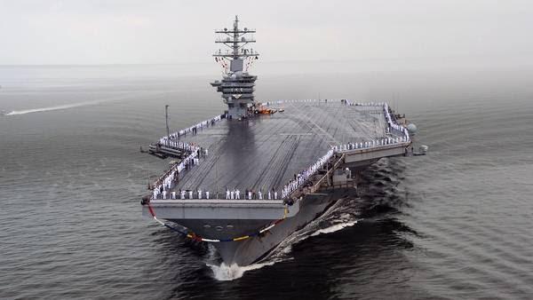 """Portaaviones estadounidense """"USS Eisenhower""""./ DPA"""