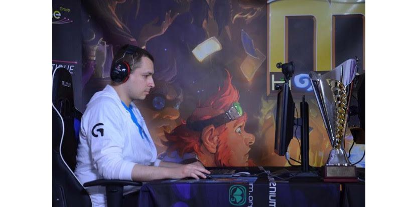 """Numericable cup : pourquoi le jeu vidéo """"Hearthstone"""" cartonne"""