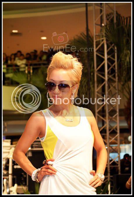 serena-c-nike-fashion-show-mid-valley