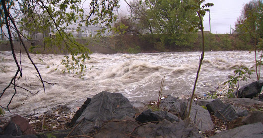 Flood threat decreases as rain moves north