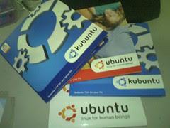 Kubuntu、Ubuntu光碟和貼紙