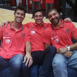 Rafael Mineiro, Ricardo Fischer e Olivinha na apresentação do Flamengo (Foto: Marcello Pires)