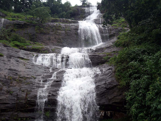 Cheeyappara Waterfall, a Beautiful Spot in Kochi - Munnar Route