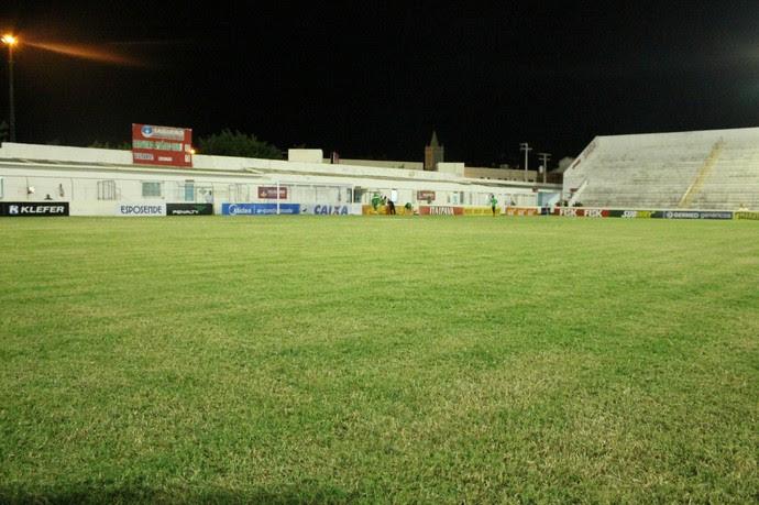 O estádio Cornélio de Barros  vai ser palco da primeira decisão entre Salgueiro e Ceará (Foto: Emerson Rocha)