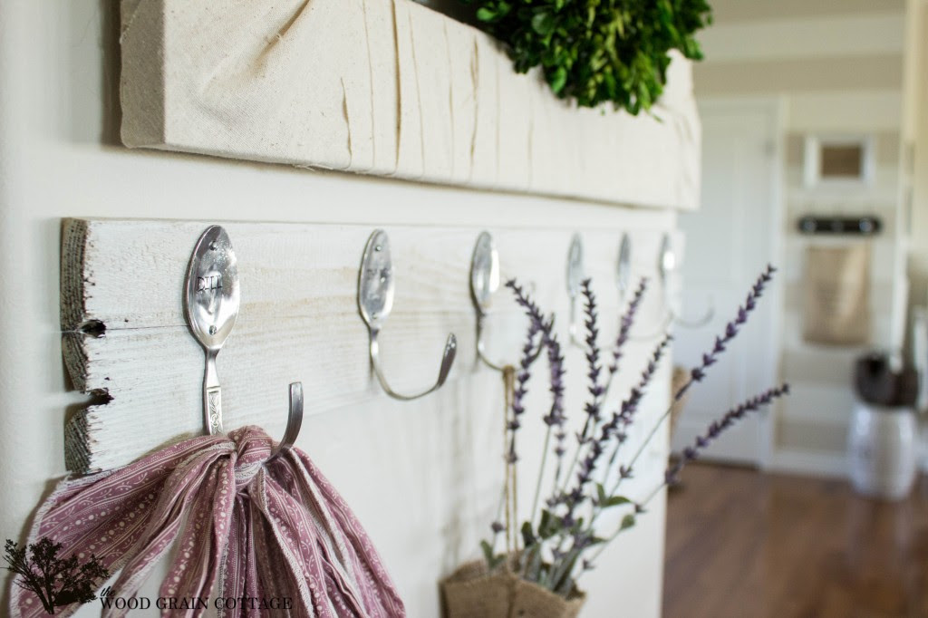 Spoon Hook Rack by  The Wood Grain Cottage